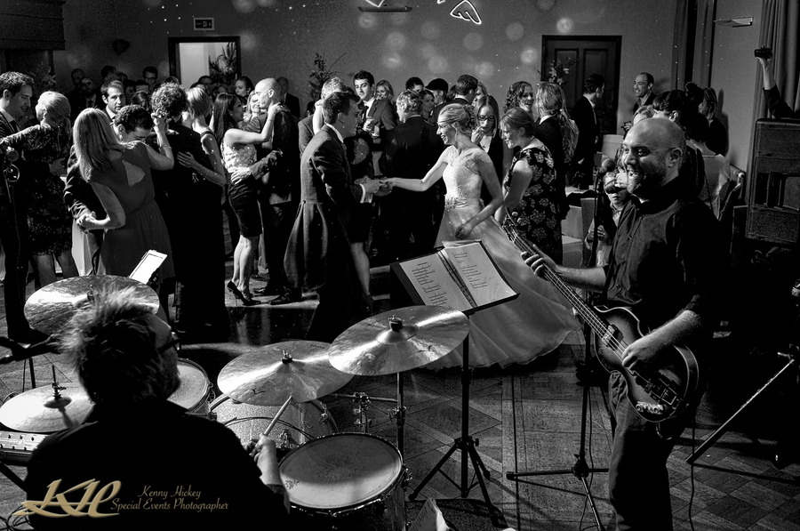 Wedding First Dance with Live Band, Kenny Hickey Photography, Kent Wedding Photographer